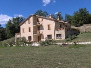 Cerqua Rosara Residence_Valtopina_320x240