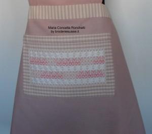 grembiule-rosa-tasca