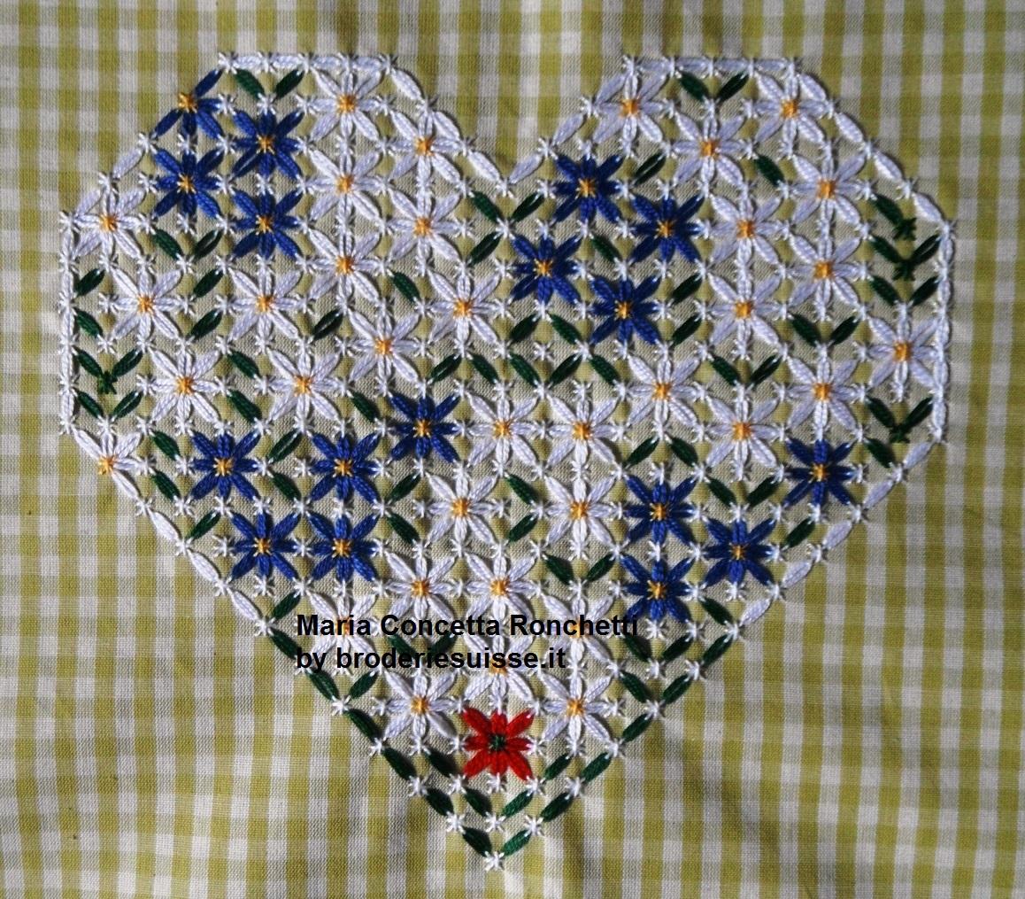 07-Luglio-cuore-broderie-suisse