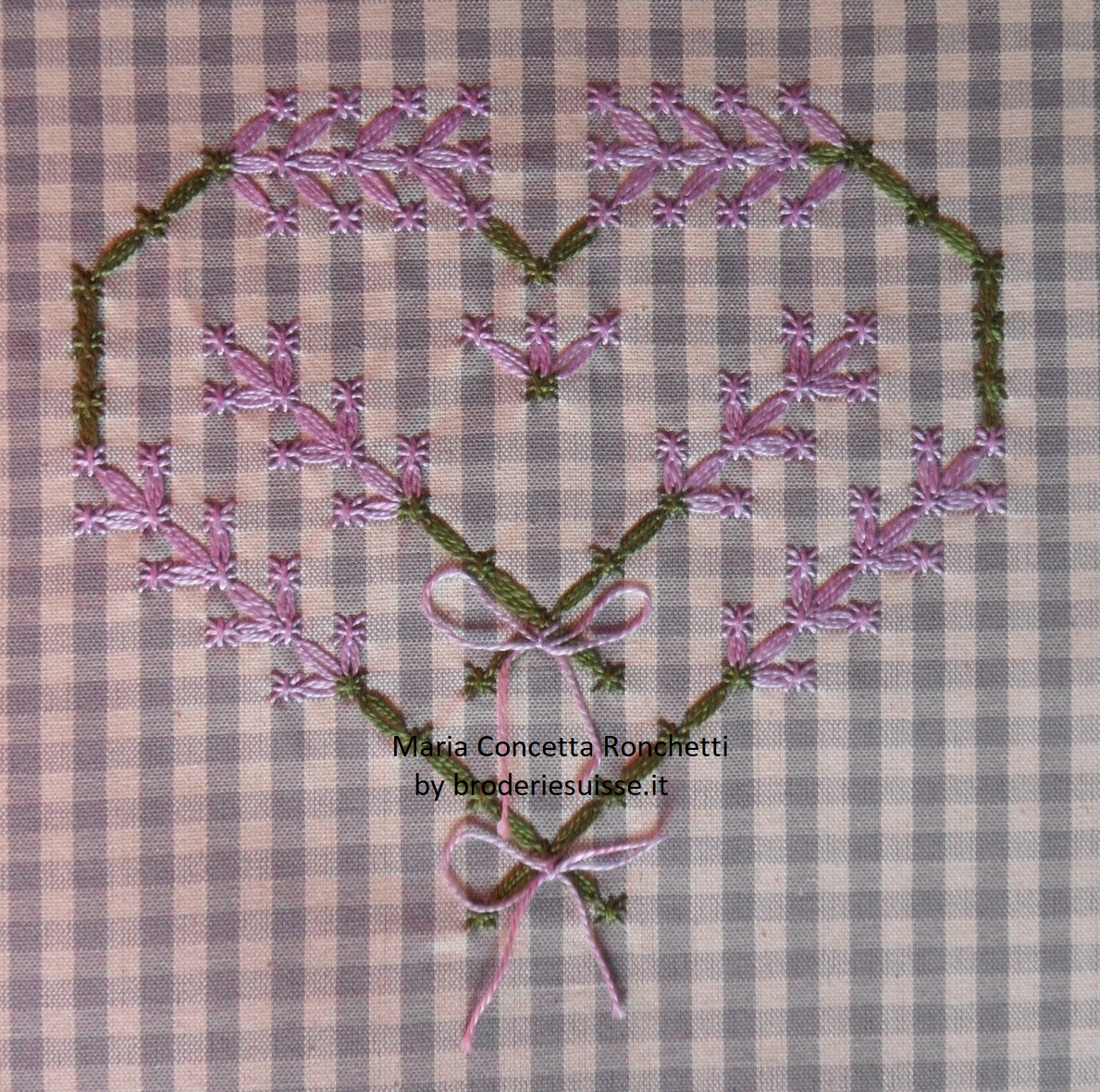 09-Settembre-cuore-broderie-suisse